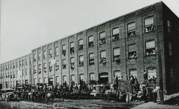 McLaughlin Carriage Co. and Motorcar Co. employees at the Richmond and Mary Street plant, 1908