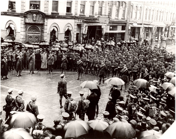 Commanding Officer Addressing Battalion, 1916  The Thomas Bouckley Collection, The Robert McLaughlin Gallery, Oshawa